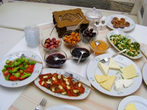 Turkish breakfast at Eolya Konukevi.