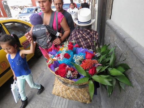 Calle Larga Sreet Scene_003